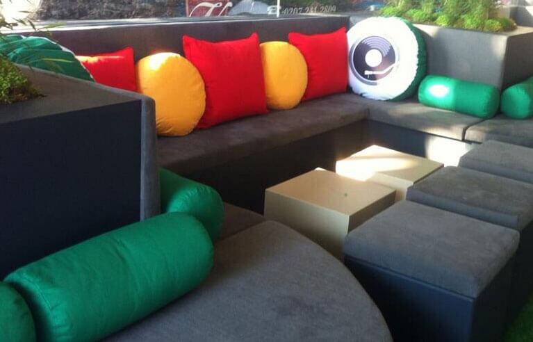 Modern-Upholstery